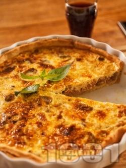 Вкусен домашен френски киш с бекон или шунка, яйца и сметана - снимка на рецептата